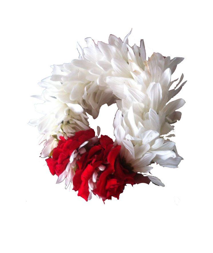 Fresh Flower Bracelet - Send Fresh Flowers Online, Flower Delivery in Pakistan - The Flower Studio